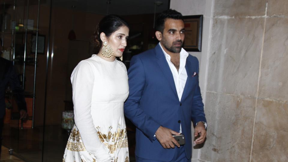 Cricketer Zaheer Khan proposed actor Sagarika Ghatge in Goa.