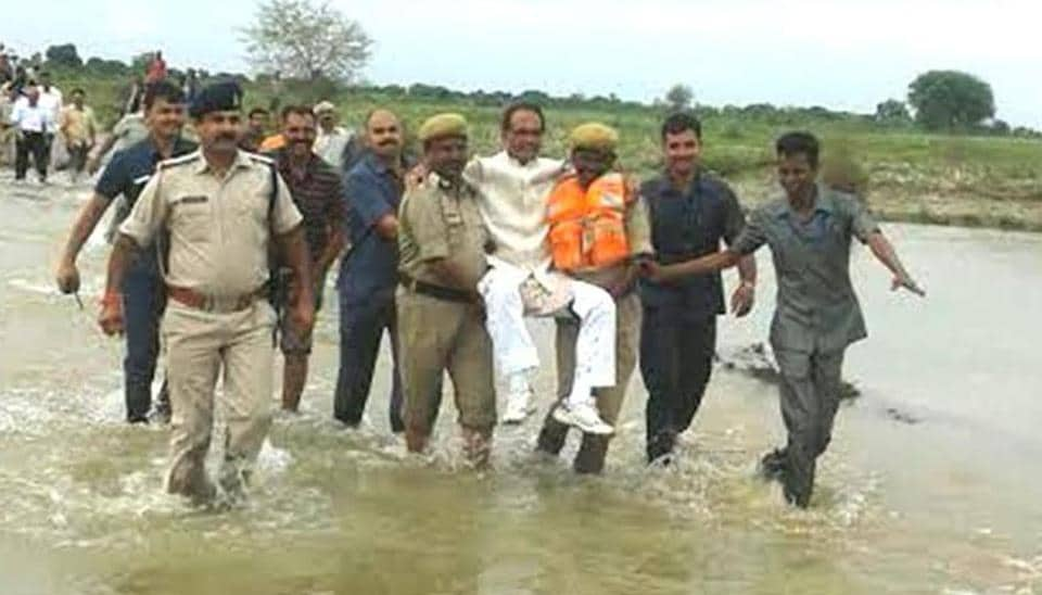 Madhya Pradesh Chief minister Shivraj Singh Chouhan visits flood affected villages.