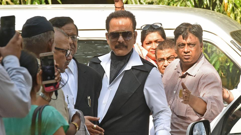 The Supreme Court has asked the Bombay high court's official liquidator to sell the Rs 34,000 crore worth of properties of Aamby Valley owned by the Sahara Group and directed its chief Subrata Roy to personally appear before it on April 28.
