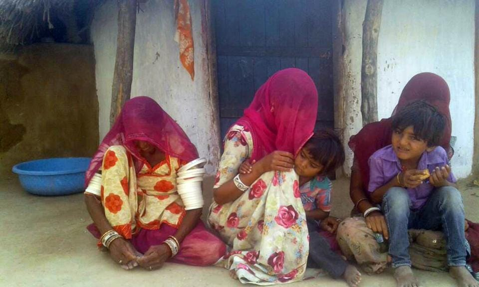 The family members of Raju  Das, it is a long wait for his dead body reach their village in Rajasthan's Barmer.