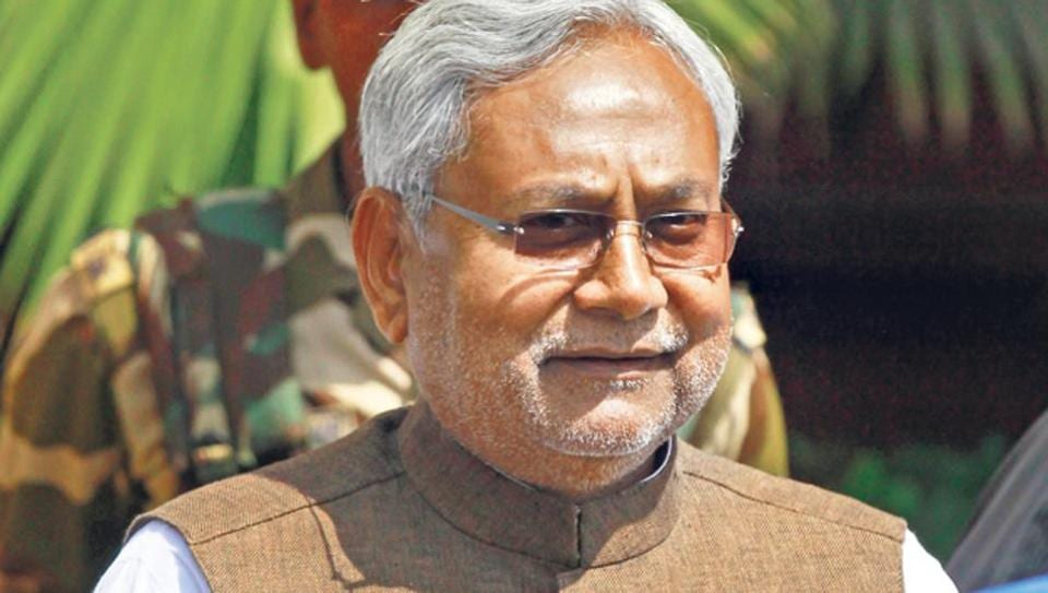Bihar chief minister Nitish Kumar was trying to avail buggy service at Delhi airport when an angry flyer interrupted him.