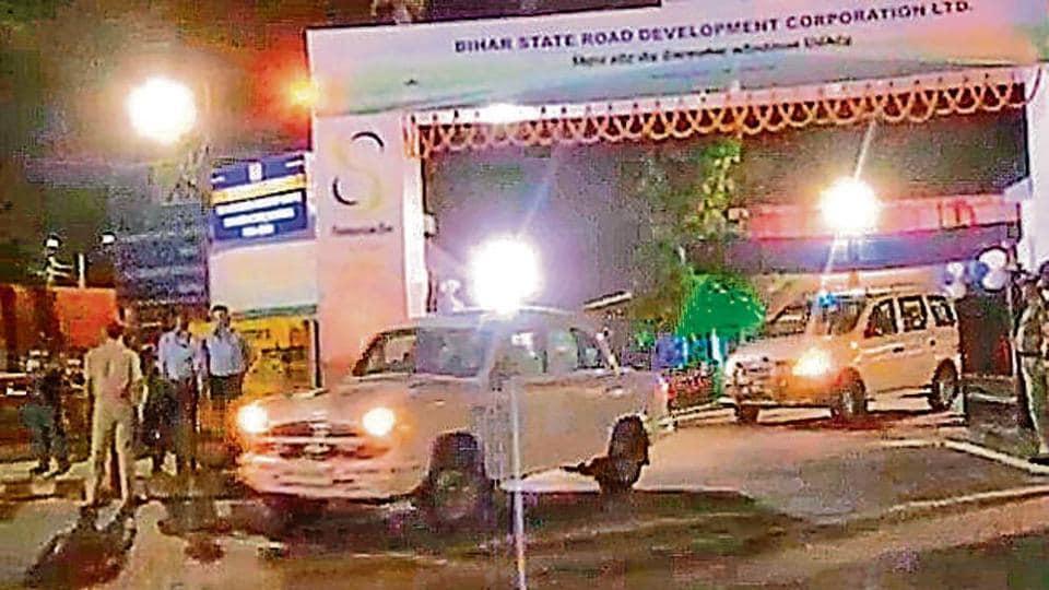 A cavalcade of Bihar government vehicles.