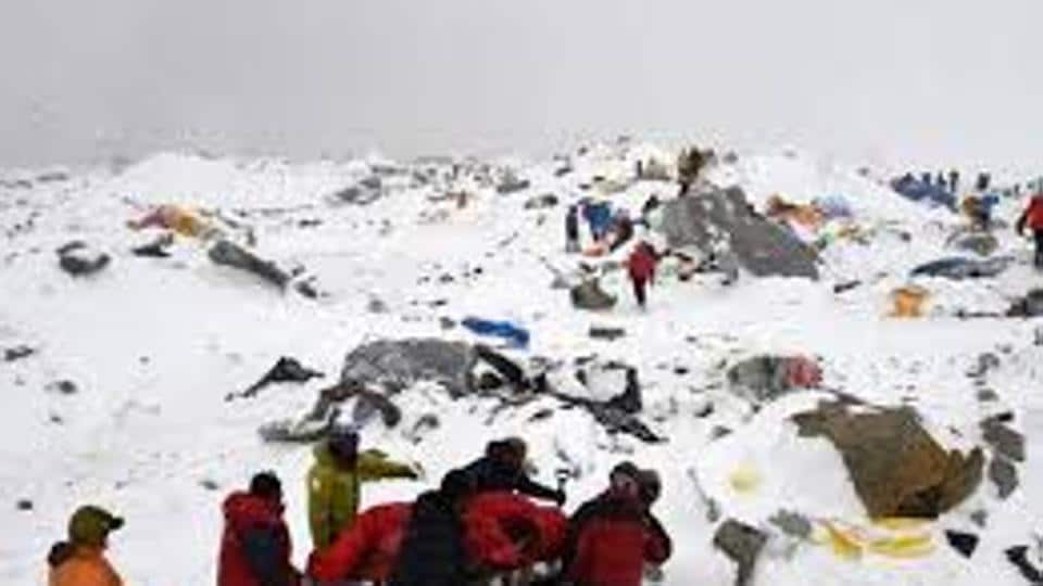 The beauty of the Himalayas attracts thousands of tourists every year from home and abroad to the dangerous trekking routes in Darjeeling and Sikkim.