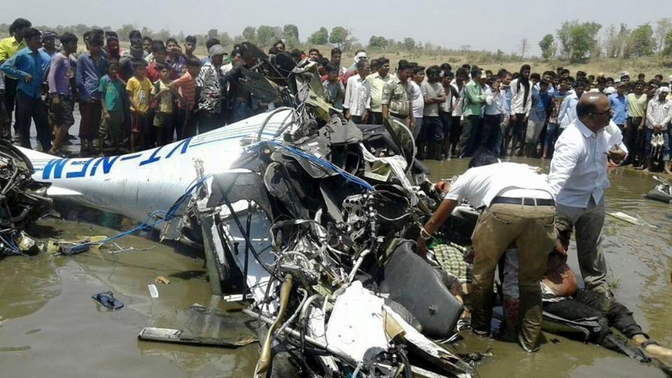 Trainer plane crash,Ex-IAf pilot killed,Indian Air Force pilot