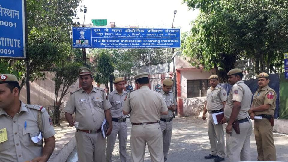 High security seen at the counting centre at Khichripur.  The results are a huge setback to Delhi chief minister Arvind Kejriwal, who is struggling to retain the appeal of the five-year-old party that came to power in Delhi by a sweeping majority in the 2015 Assembly elections. (Sushil Kumar/HT Photo)