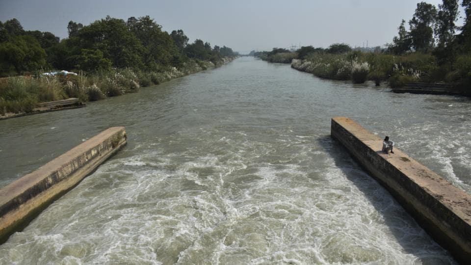 The 1978 agreement was signed between Bihar and West Bengal for the sharing of waters of Damodar Barakar, Ajoy, Mayurakshi Sidheshwari Noon Beel and Mahananda river basins.