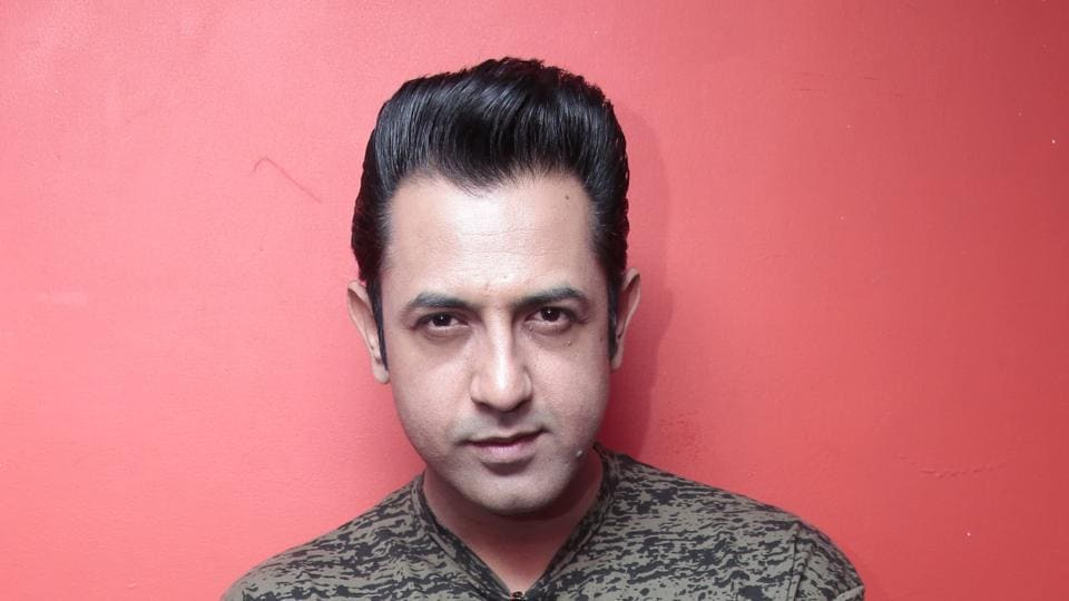 Actor Gippy Grewal wanted to work on the script of Manje Bistre for a long time.
