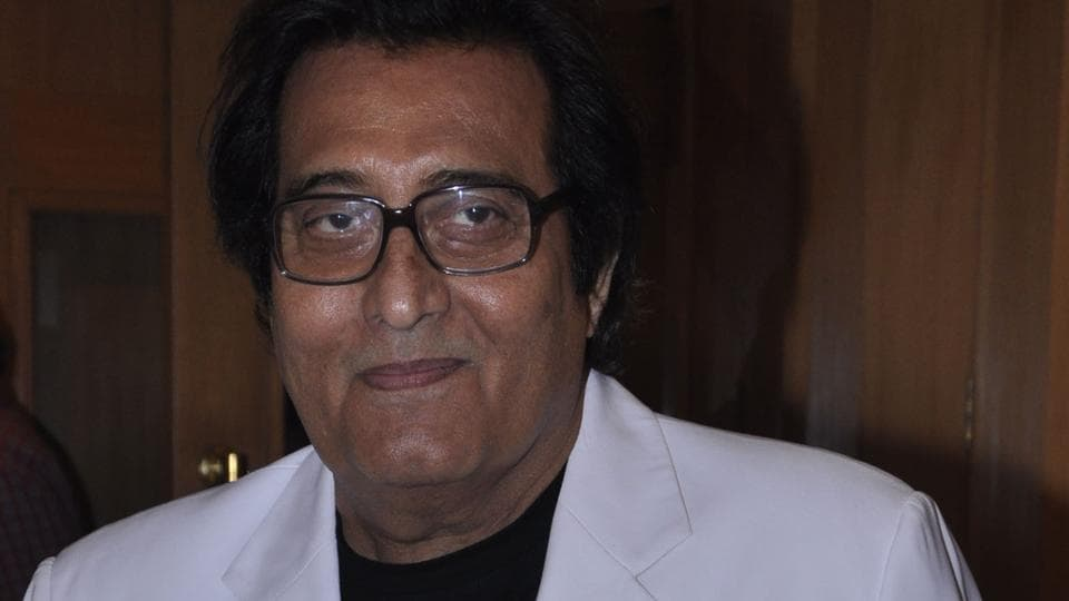 After returning from the US in mid-1980s, Khanna's career witnessed a decline.