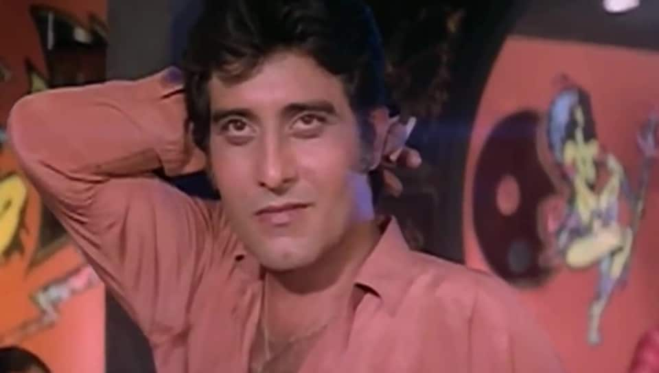 Vinod Khanna will always be one of the most good looking men Bollywood has ever seen.