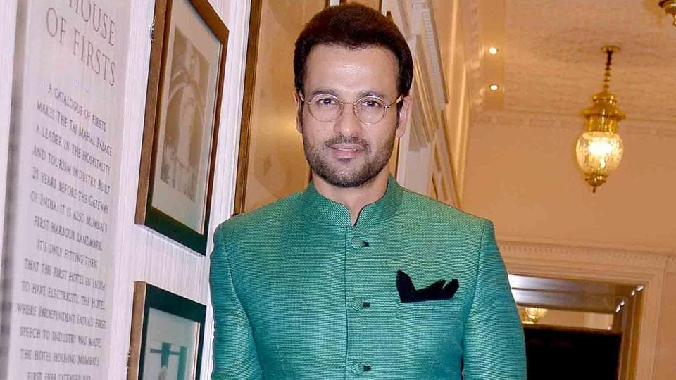 Actor Rohit Roy talks about the struggle before his recent hit Kaabil came his way.