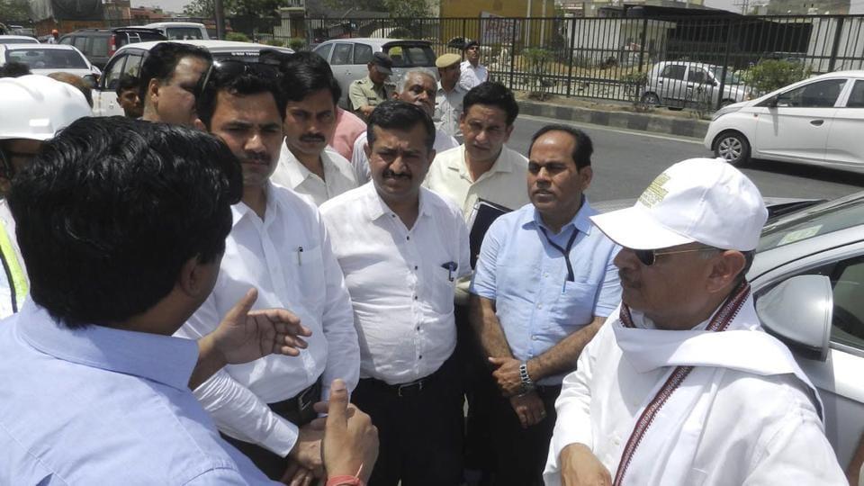 Delhi-Gurgaon expressway,Rao Inderjit Singh,Rajiv chowk