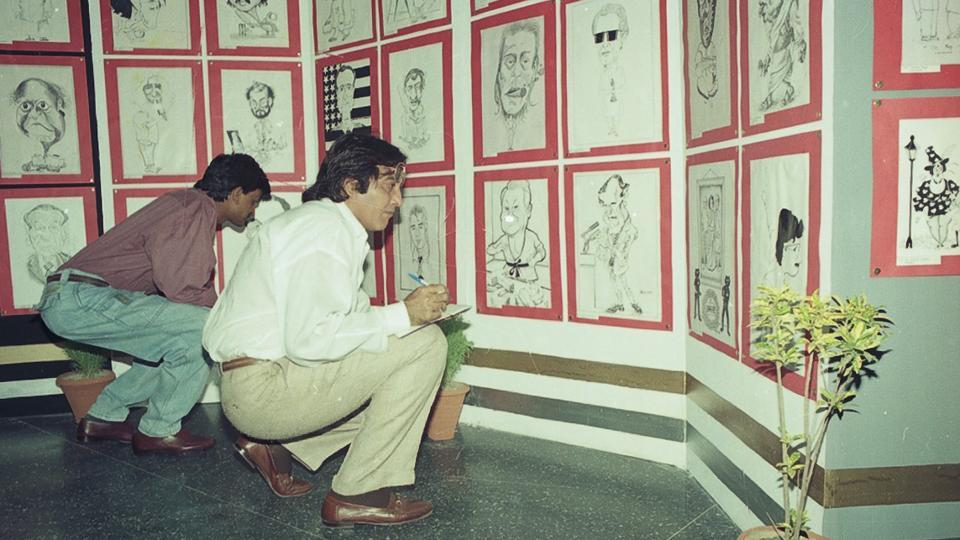Vinod Khanna at the Hindustan Times Cartoon Contest  in 1993. (HT PHoto)