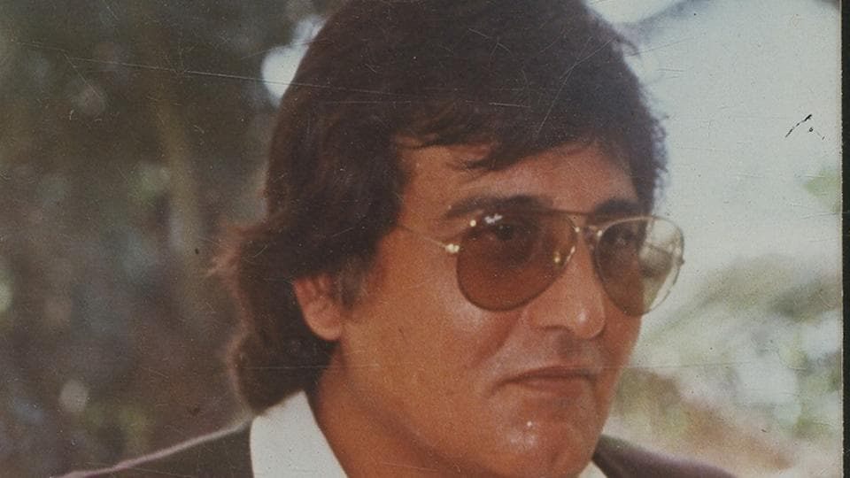 Vinod Khanna died due to complications from cancer.