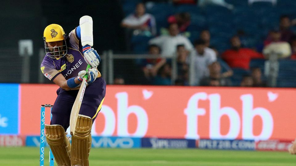 Robin Uthappa started aggressively as Rising Pune Sueprgiant bowlers struggled. (BCCI)