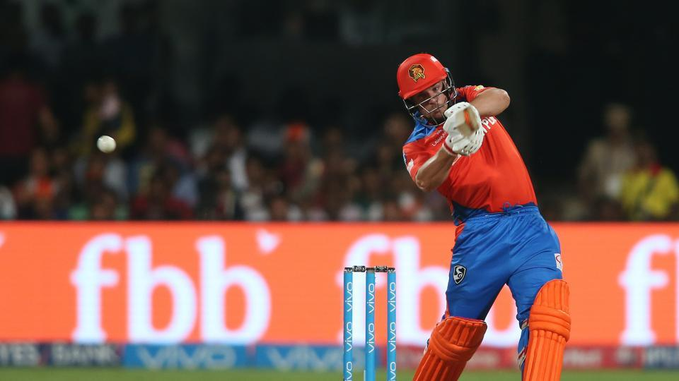 Aaron Finch led Gujarat Lions' chase after Royal Challengers Bangalore (RCB) were bowled out for 134. Get full cricket score of Royal Challengers Bangalore (RCB) vs Gujarat Lions (GL) here.