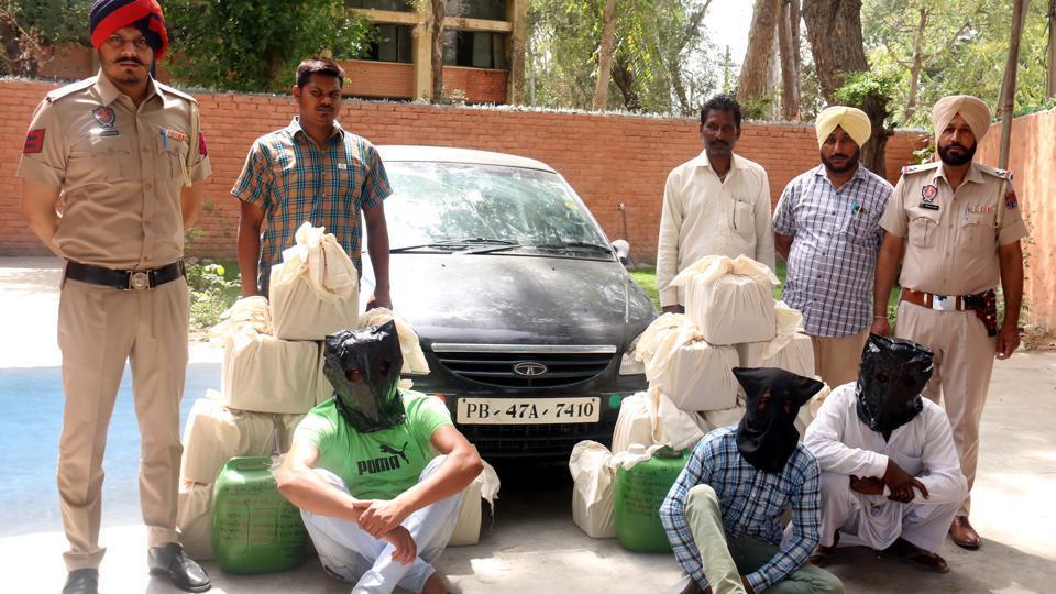 Manpreet Singh Badal,smuggling of liquor,SAD