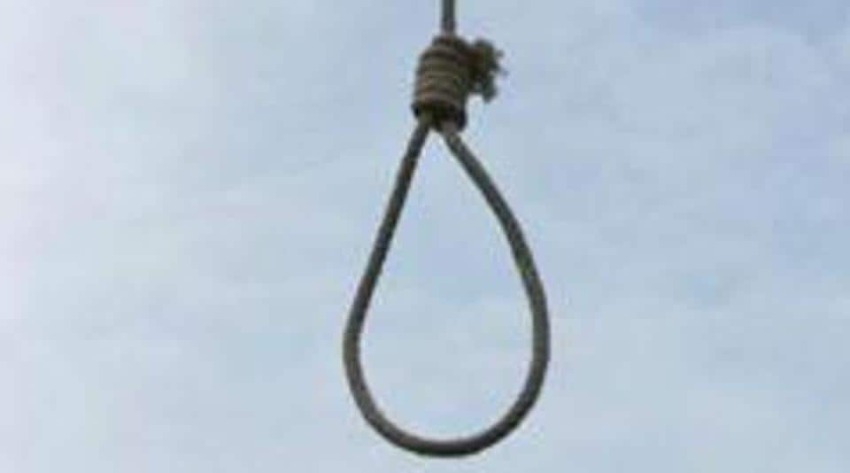 An engineering aspirant from West Bengal commits suicide in Kota on Friday, a day after failing to clear JEE Main