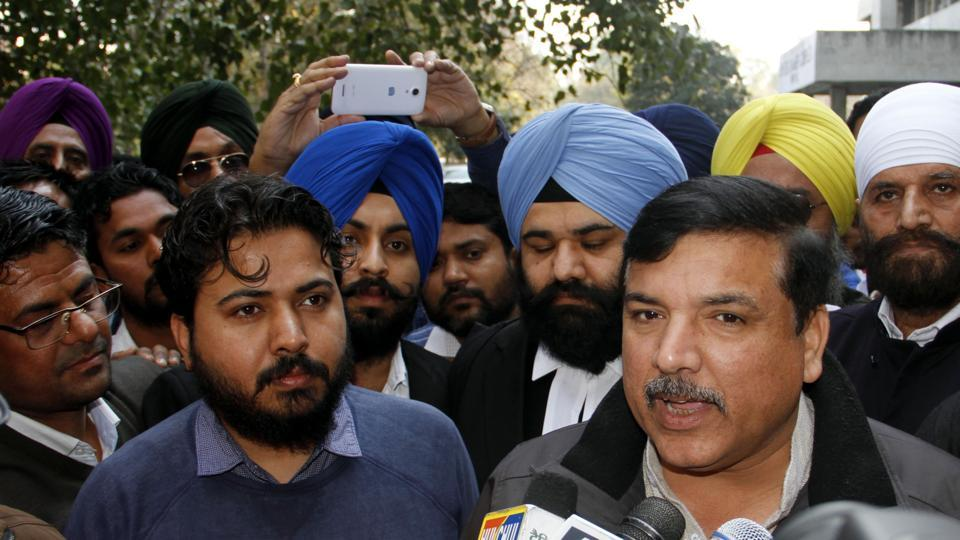 Uttar Pradesh natives Sanjay Singh (right) and Durgesh Pathak (left) had taken over the Punjab unit in early 2015 — as incharge and coincharge — almost 18 months before the state polls.