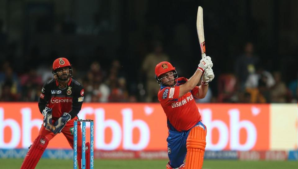 Aaron Finch then took charge and blasted 6 sixes and 5 fours in his scintillating 34-ball 72 as the visitors romped home with 37 balls to spare.  (BCCI )