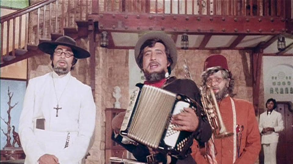 Amitabh Bachchan, Vinod Khanna and Rishi Kapoor played brothers in Amar Akbar Anthony.