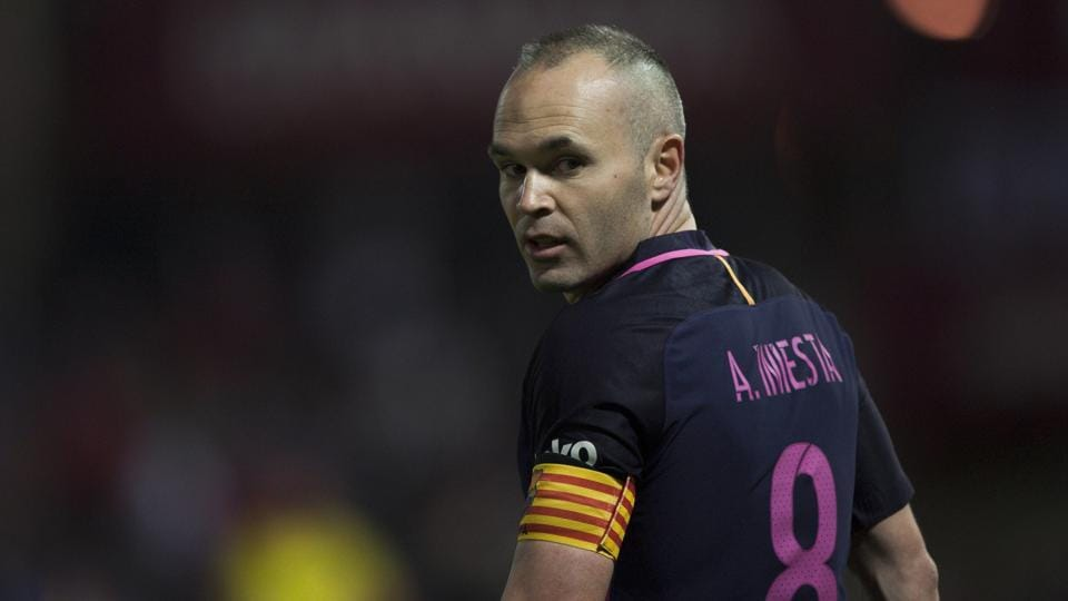 Andres Iniesta, who played for FC Barcelona in the El Clasico win against Real Madrid C.F. last week,  is bothered by a right leg muscle injury.