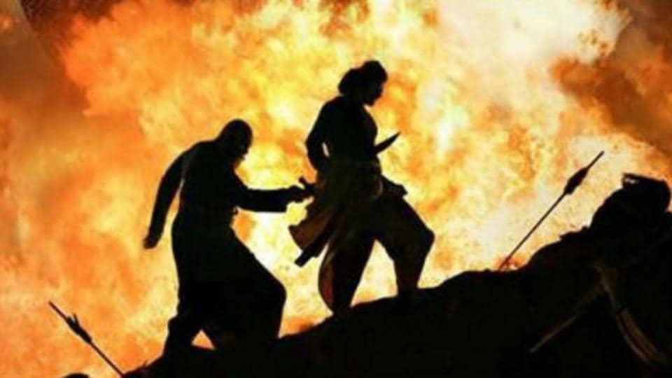 Kattappa ne Baahubali ko kyun maara (Why did Kattappa kill Baahubali)? Don't let spoilers ruin the day for you.