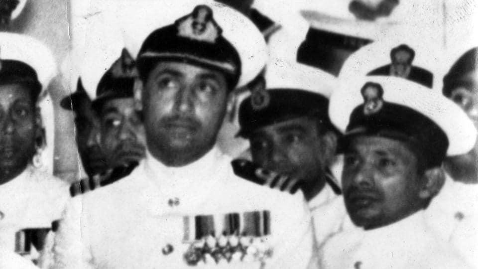 Naval Commander KM Nanavati in uniform.