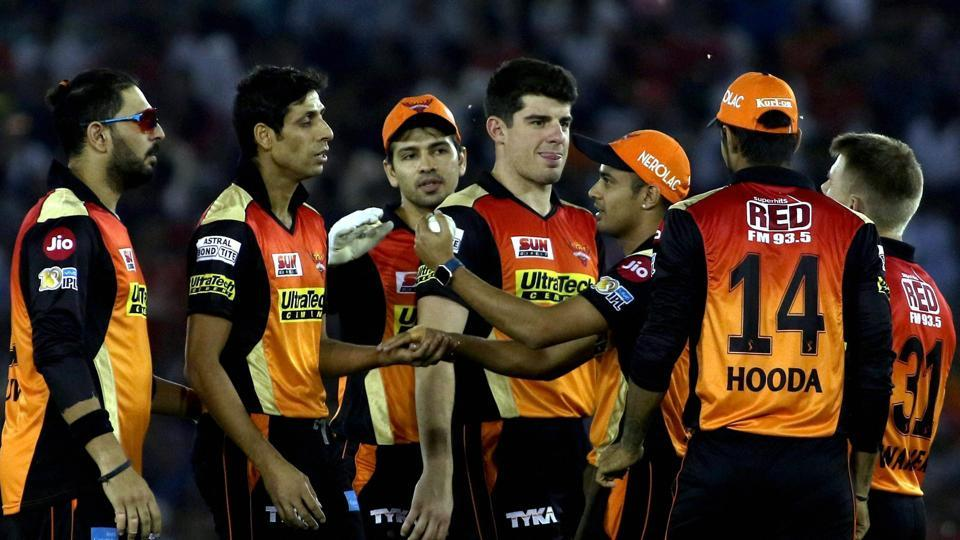 Sunrisers Hyderabad kept things tight with the ball to beat Kings XI Punjab by 26 runs in their IPL 2017 clash in Mohali.