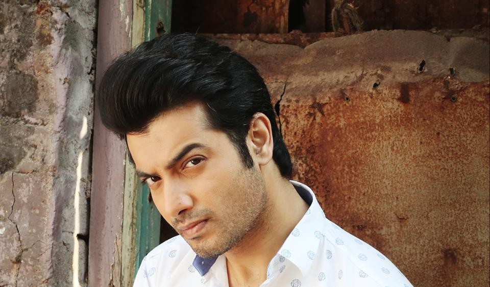 Actor Ssharad Malhotraa says that his fans sometimes get personal.