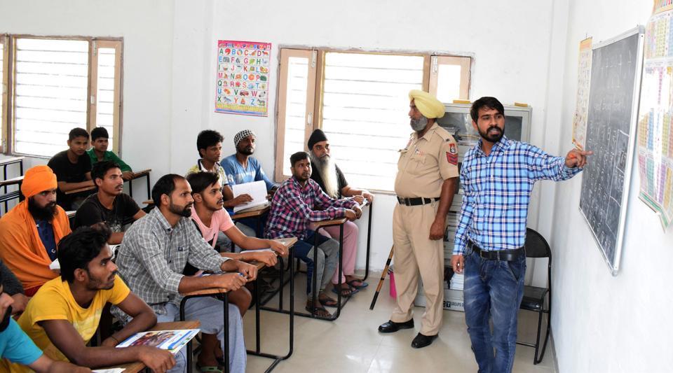 Kapurthala Jail,Channelising energy,Inmate becomes teacher