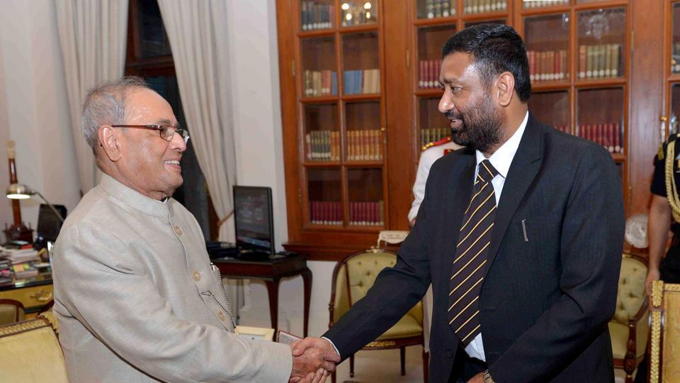 President Pranab Mukherjee with Bimalendra Nidhi.