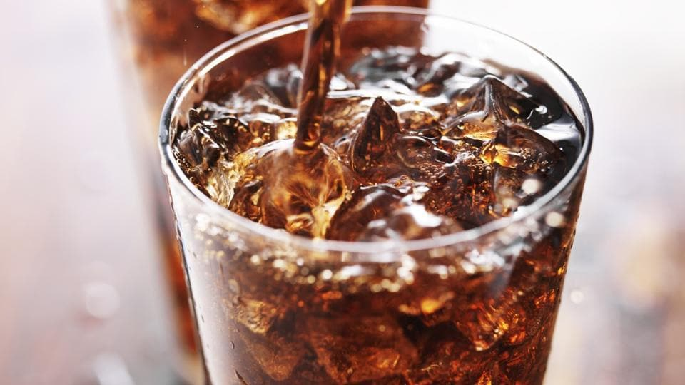 A diet high in fructose-containing sugars, such as those found in soft drinks, while pregnant or breastfeeding can have a negative effect on offspring, says new research.