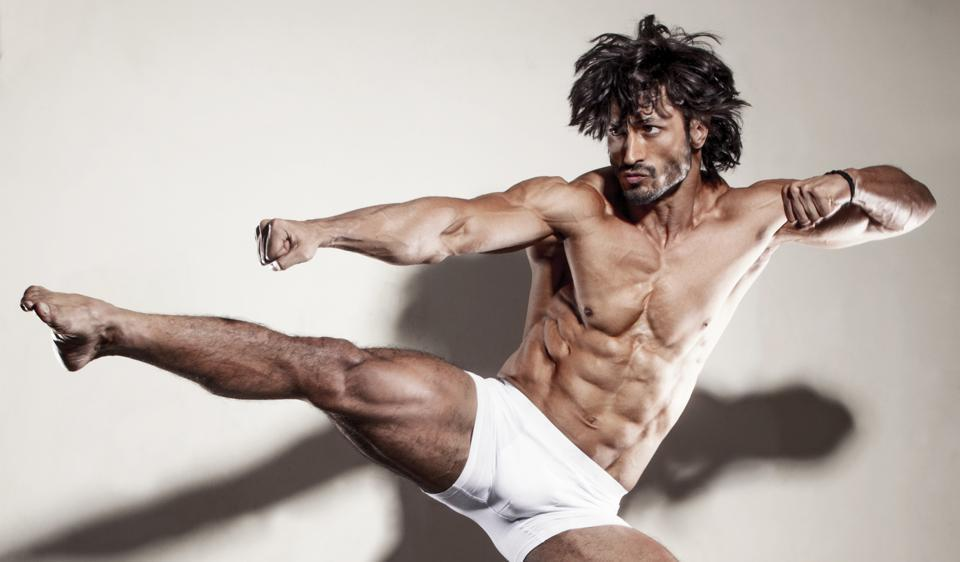 This is how Vidyut Jamwal gets out of bed every morning
