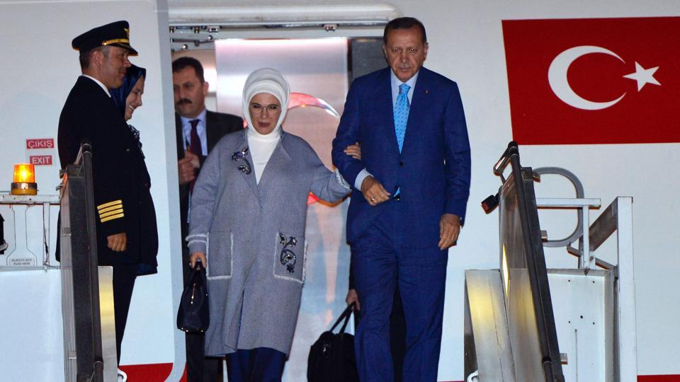 Turkish President Recep Tayyip Erdogan and his wife Emine Erdogan arrive in New Delhi at the start of an official visit to India on April 30.