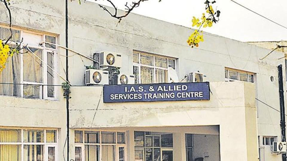 The shortage of IAS officers and the question of sending them for central deputation have long been a matter of controversy between the government of West Bengal and the Centre.