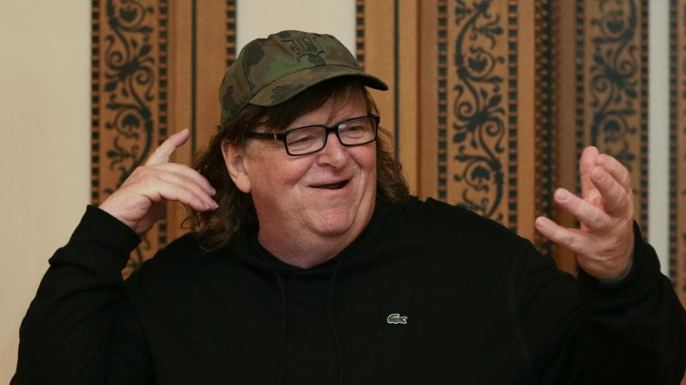 Michael Moore will make his theatrical debut in a one-man show on US President Donald Trump.