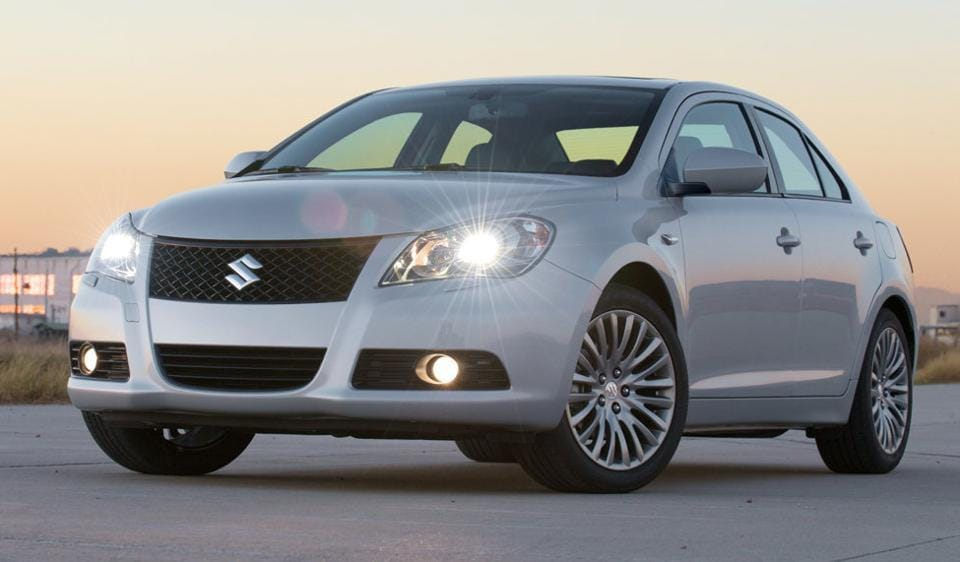 Suzuki Kizashi was launched in India at Rs 16.50 - 17.50 lakh.