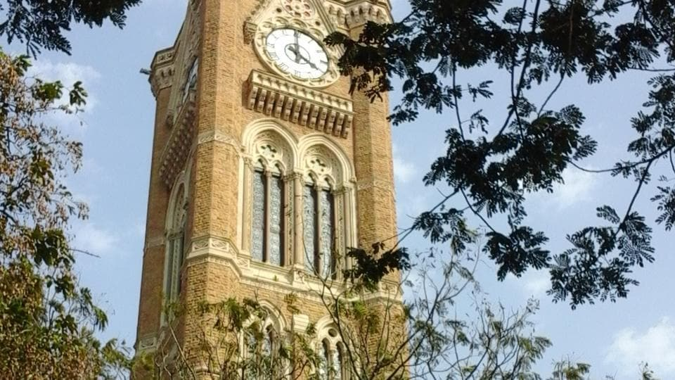 Bombay University and College Teachers' Union has filed a writ petition at the Bombay High Court against the University of Mumbai for revealing the identities of examiners and moderators on a public platform
