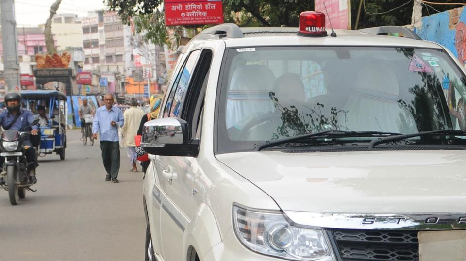 The Centre banned red beacons on VIPvehicles last month.