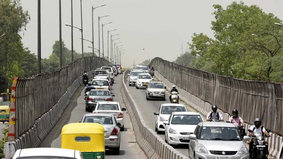 The Rao Tula Ram flyover is going to turn one-way again from September.