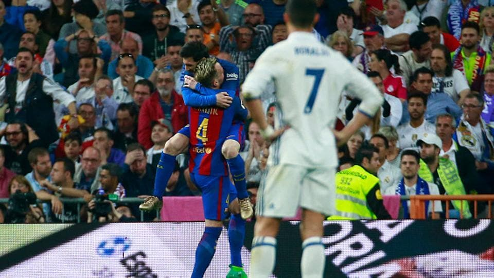 While the debate will continue on who, between Cristiano Ronaldo and Lionel Messi, is the best player in the world, the fact remains that the FCBarcelona player is slightly ahead of the Real Madrid C.F. superstar in the greatness scales.