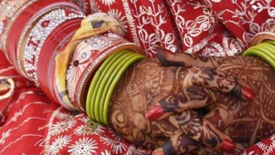 The marriage was solemnised at a hurriedly organised ceremony at Tedhagaon in Bihar's Samastipur district.