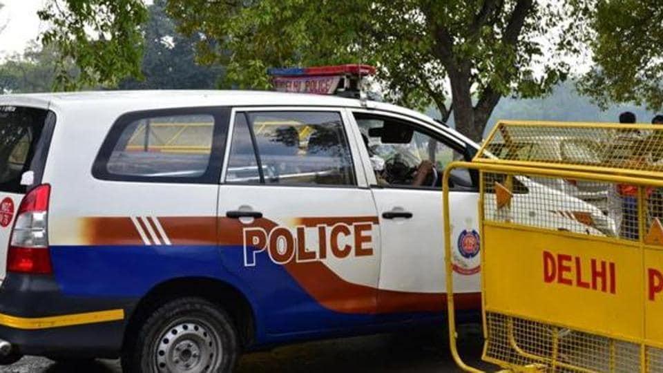 Lok Sabha MP,Delhi Police,Honey-trap