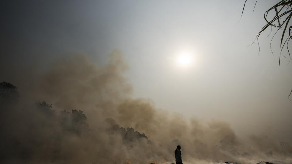 Agricultural fires in the fields of neighbouring states, particularly Punjab and Haryana, are a major contributor to the deteriorating air quality of Delhi.