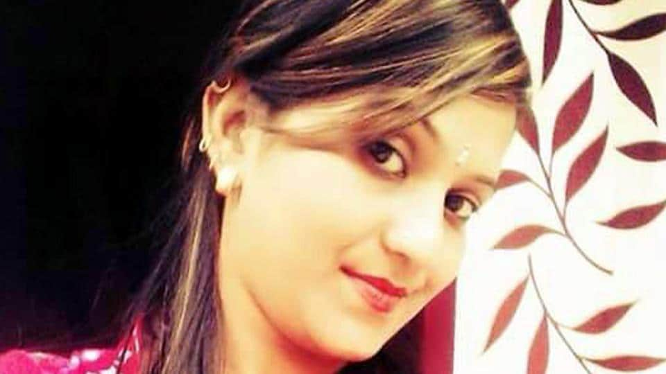 Kulwinder Kaur, also known as Janu was killed by a gunshot while performing at a marriage party at Maur in Bathinda district.