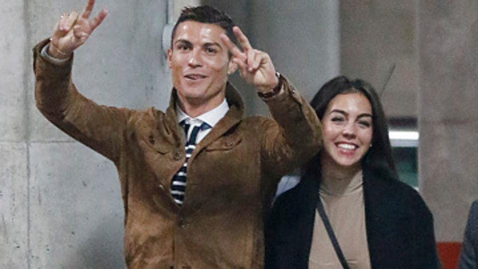 Meet Cristiano Ronaldo S Girlfriend Georgina Rodriguez Football Hindustan Times