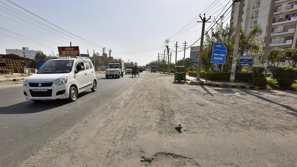 The traffic police has identified 93 speed breakers on main roads but could not ascertain the exact position with regard to roads in interior areas like colonies.