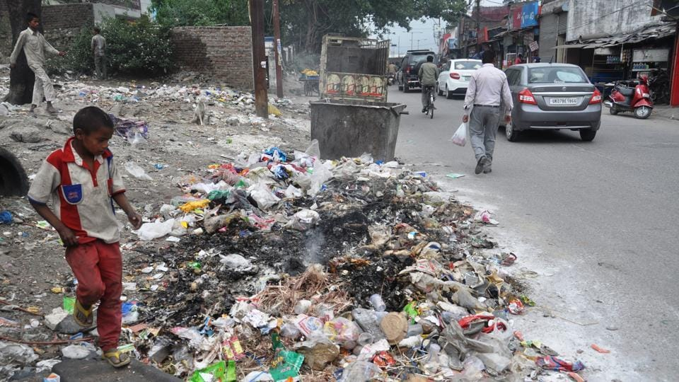 Garbage dumped on the side of a road in Dehradun. Swachh Survekshan Ranking 2017 will be released on May 4.