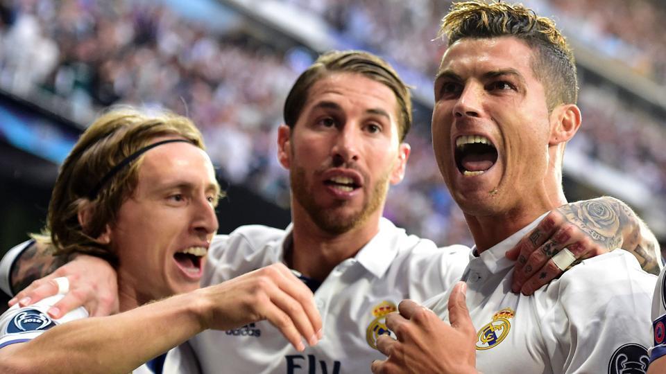 UEFA Champions League,live,live football score