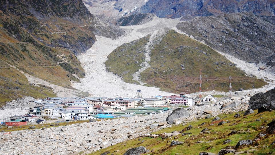 A view of Kedarnath shrine town.